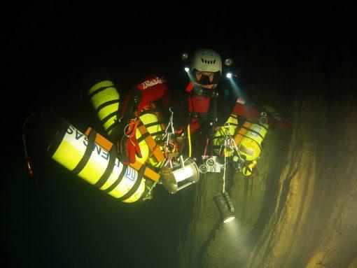 Corso di immersioni in grotta FULL CAVE: inizia ad esplorare!