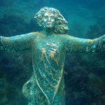 Rocca San Giovanni, rubata la statua subacquea del Cristo degli abissi